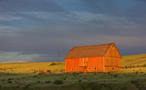 Barn Glows in Evening Light by Gary Hamburgh - All Right Reserved